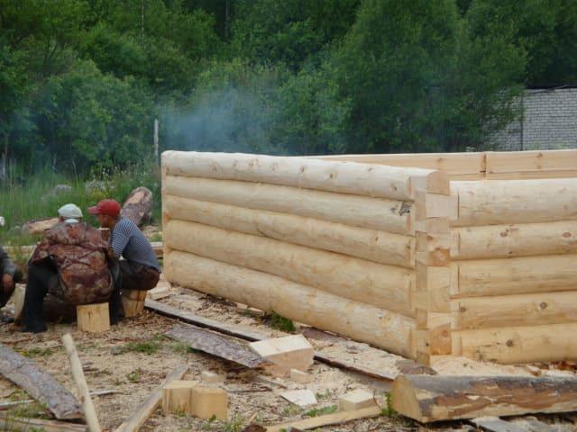 """Типовой проект бани 4х5, рубка """"в лапу"""" полулафет."""