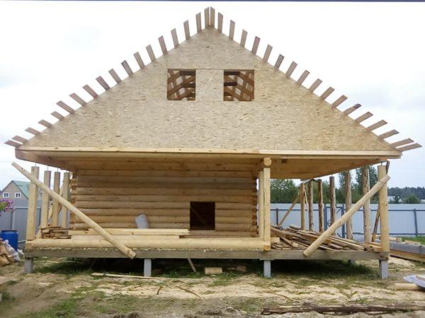 Красивый дом 6 на 6 с террасой на две стороны